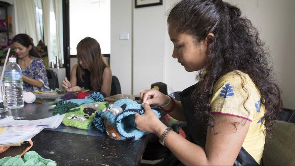 DSI Expretises : Development Women Sew Clothing